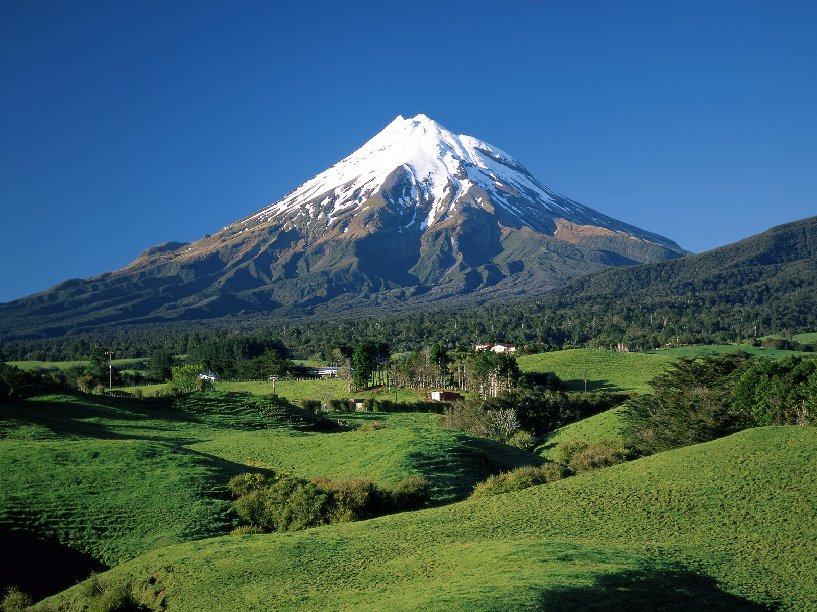Download New Zealand Scenery Wallpapers PowerPoint E learning 1600x1200