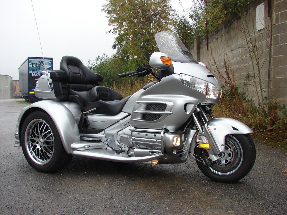 HONDA GL1800 EML Martinique GT TRIKE motorbike 1200x900