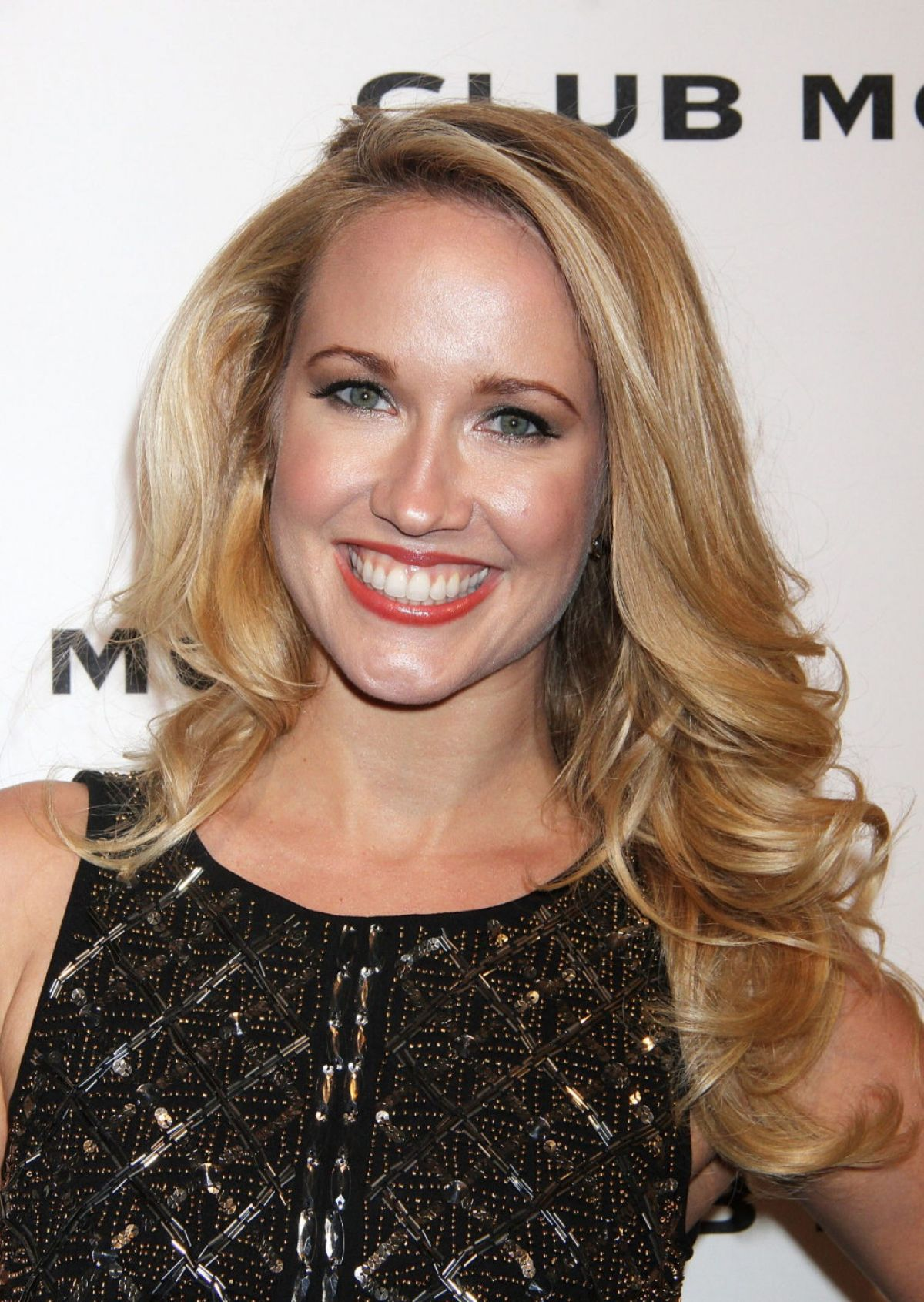 Anna Camp Pictures 1200x1691