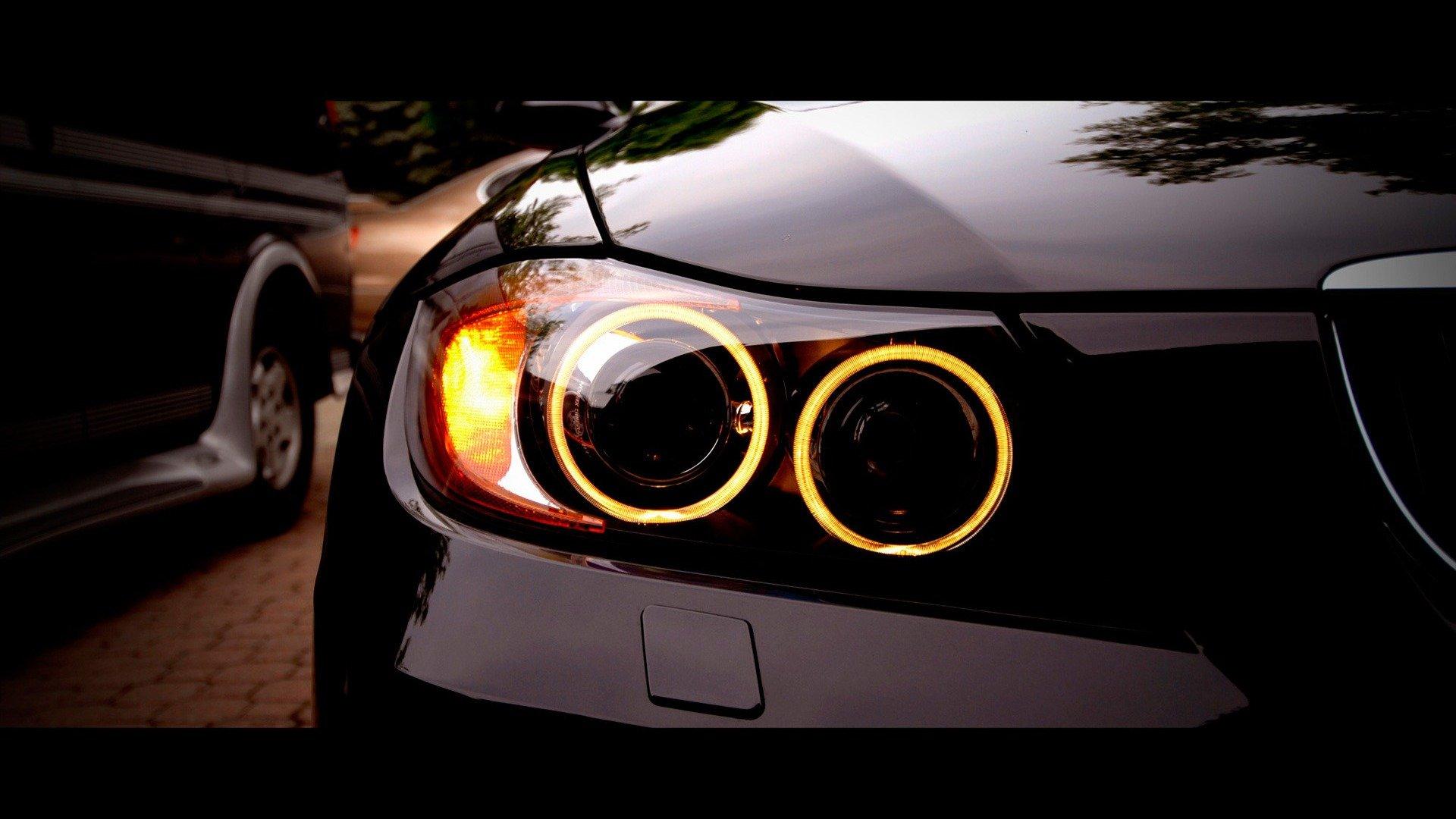 Car wallpapers: Black BMW headlight | Car Humor