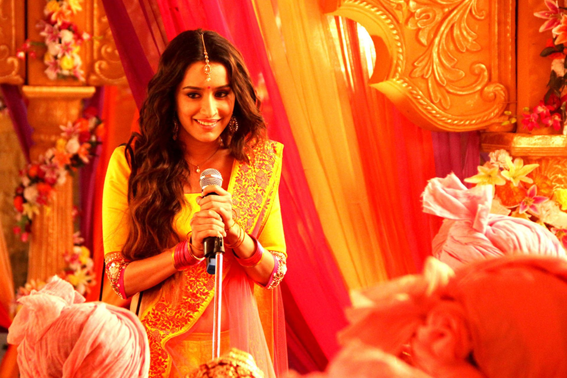 Shraddha Kapoor Cute HD Wallpapers 2014 1920x1280