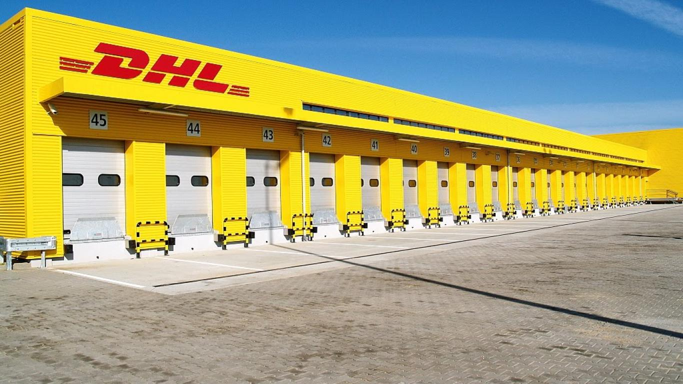 DHL Desktop Backgrounds 1366x768