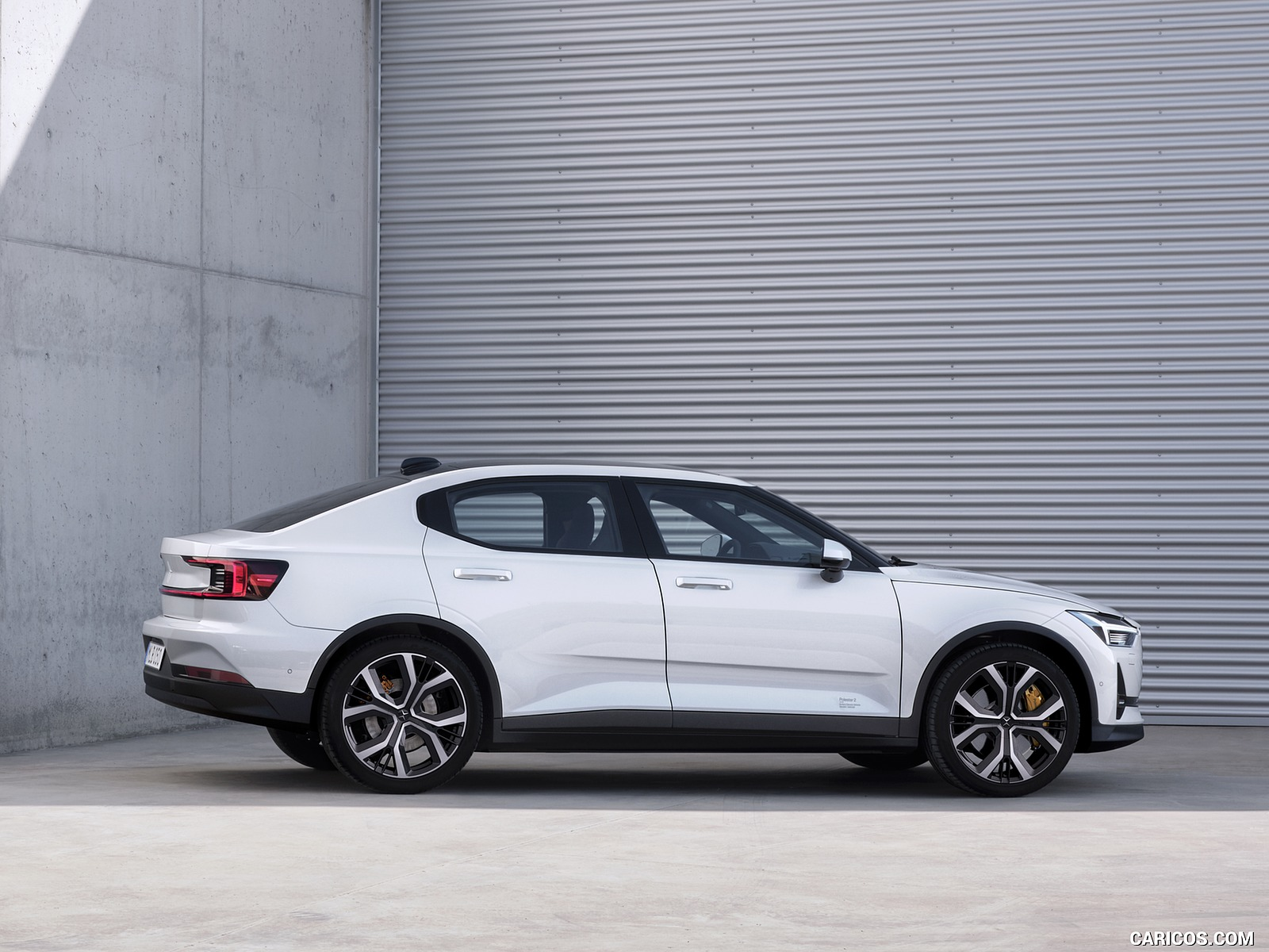 2020 Polestar 2   Side HD Wallpaper 4 1600x1200