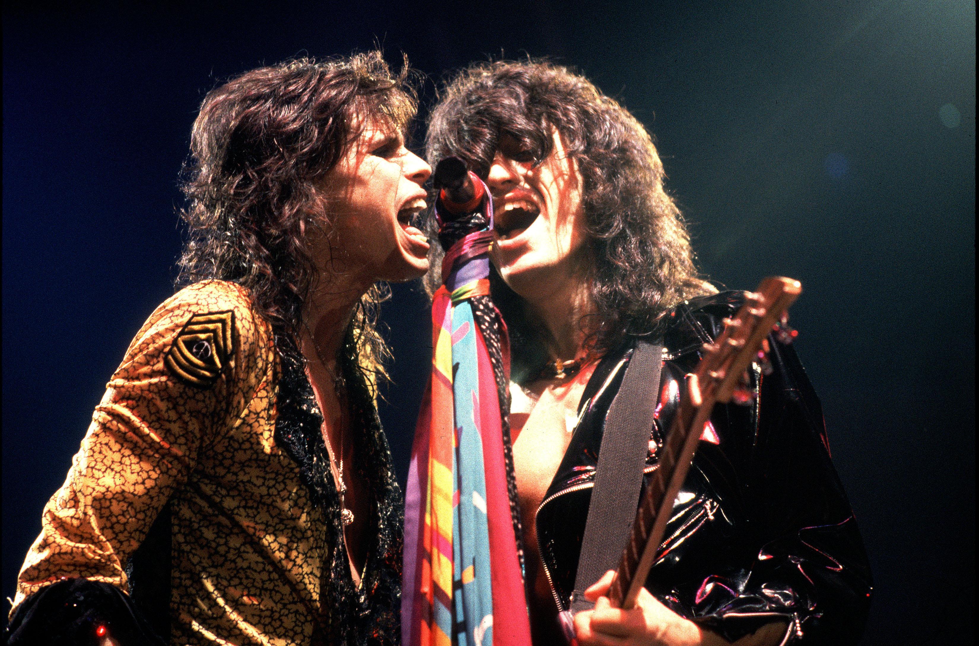 Aerosmith hard rock bands groups classic joe perry steven tyler 3300x2179