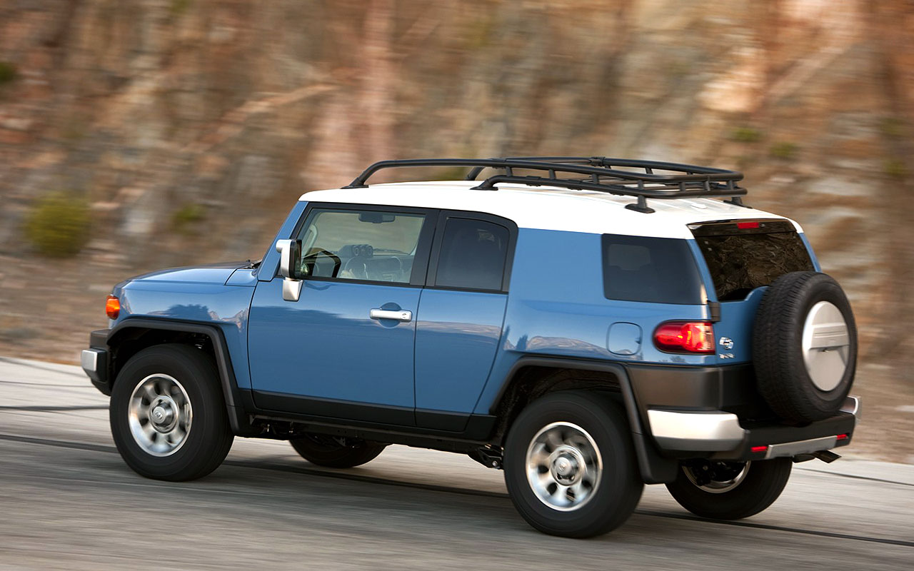 Toyota FJ Cruiser Car Pictures   Longest Compact SUV by Toyota 1280x800