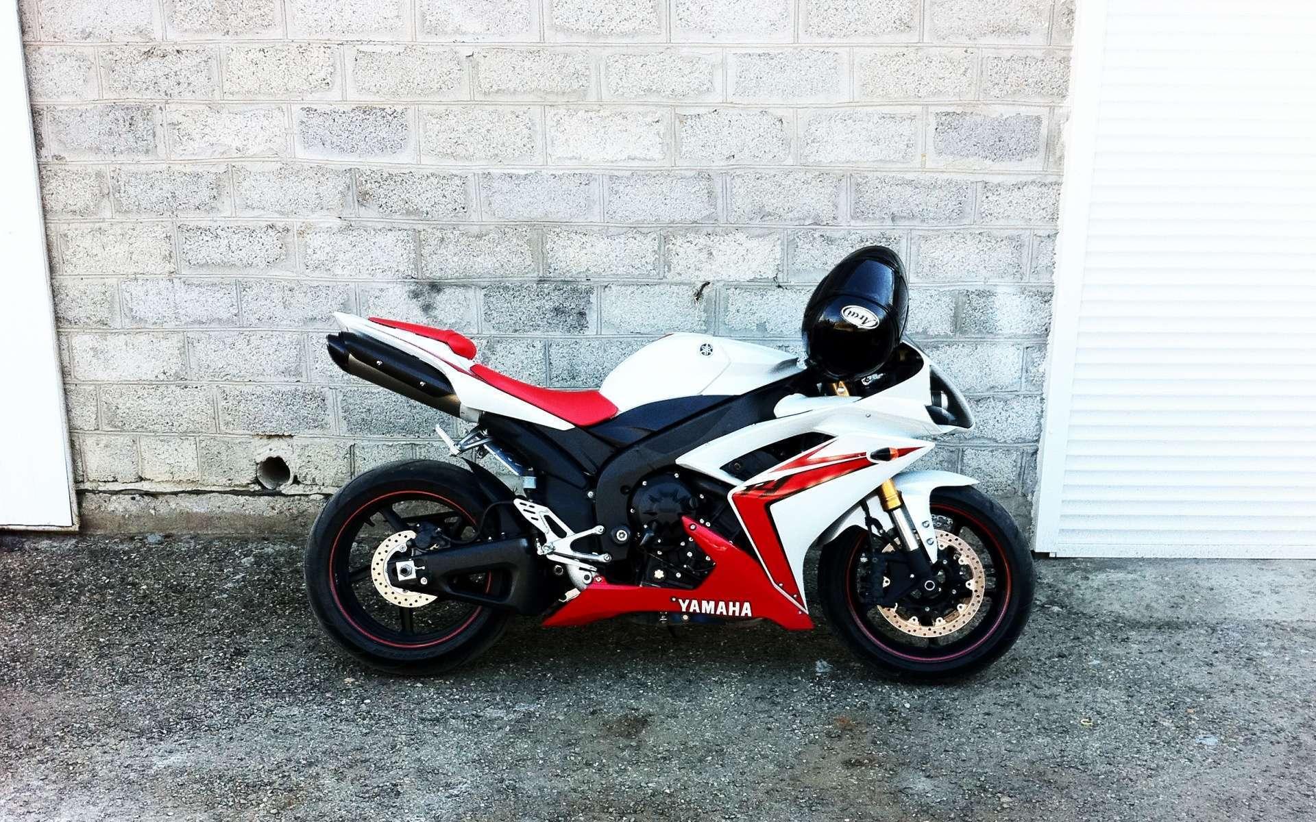 Sportbike Wallpaper HD