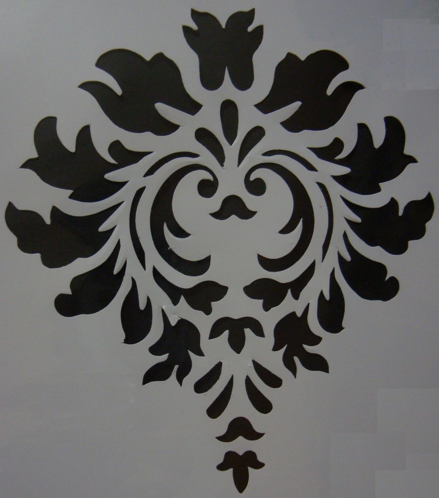 wallpaper that looks like stencils -#main