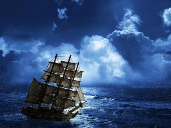 Sea Storm Animated Wallpaper screenshot   Dont let your ship and 600x448
