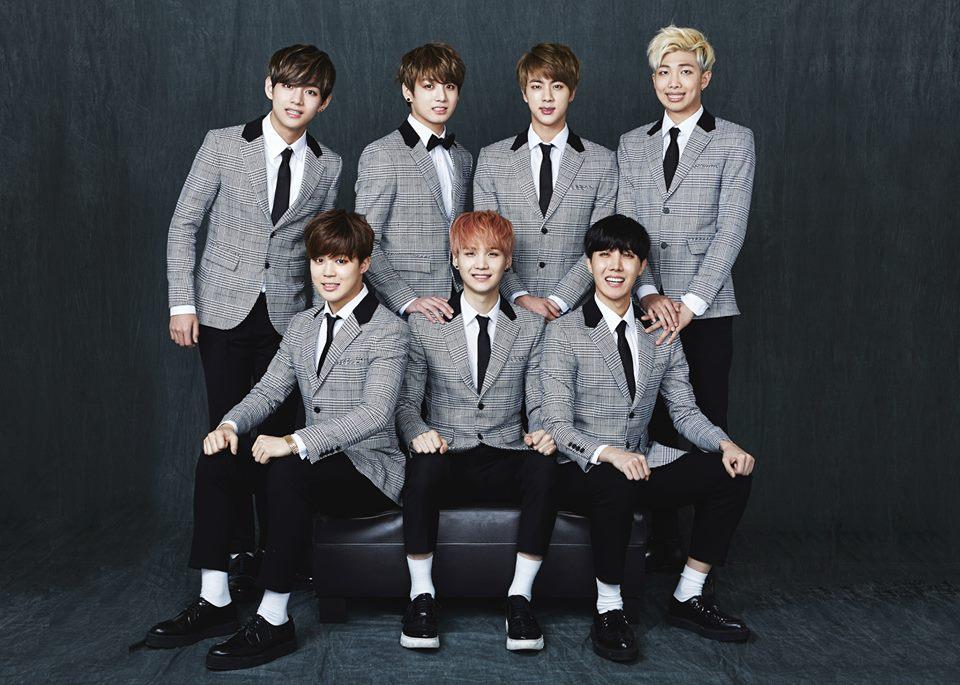 BTS Become An Awkward Family For 2015 BTS FESTA [PHOTOS] News 960x685