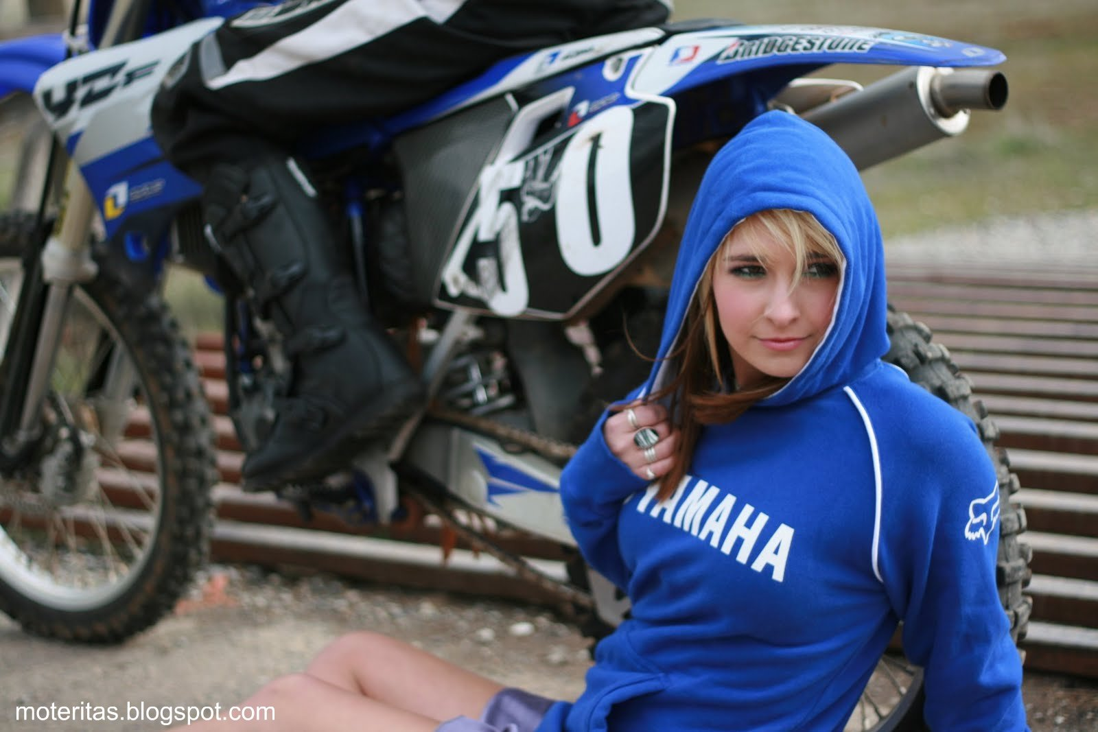 Motos y mujeres resolucin HD Motocross Yamaha yz450f 1600x1067