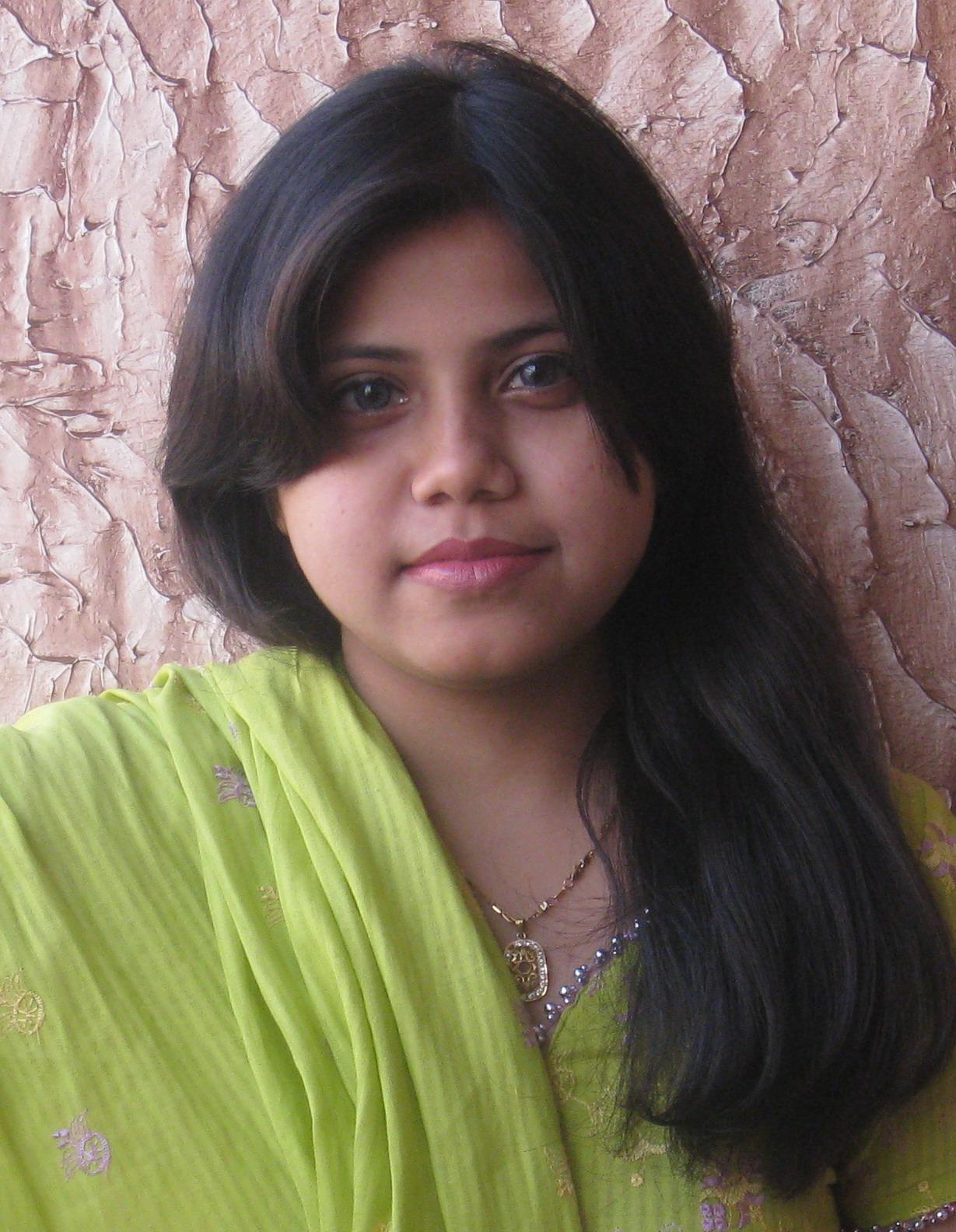 Women cute pakistani Cute Pakistani