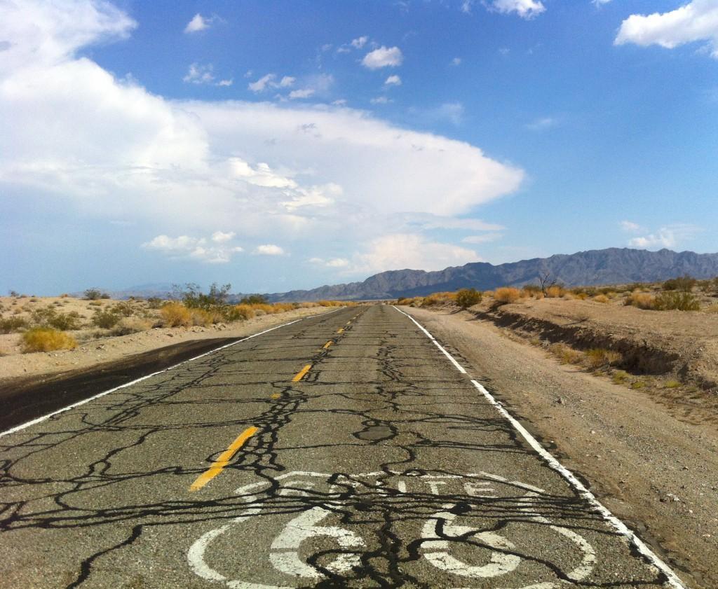 Classic American Road Trip Wallpaper WallpaperSafari - Road trip route 66 usa