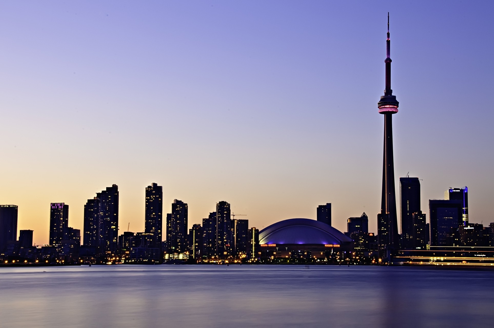 Toronto Skyline   OGQ Backgrounds HD 1927x1280