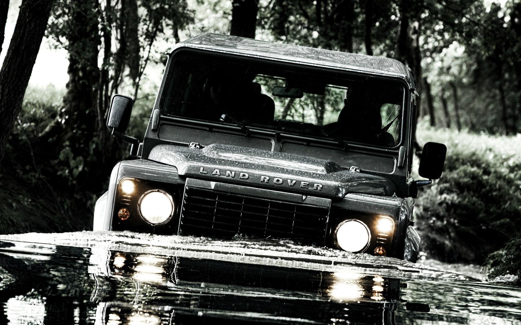 Land Rover Defender Off Road Wallpaper   HD 1680x1050
