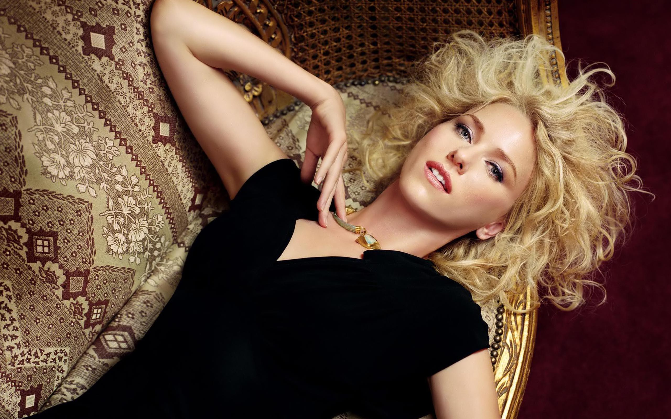 Naomi Watts Wallpapers High Resolution and Quality Download 2560x1600