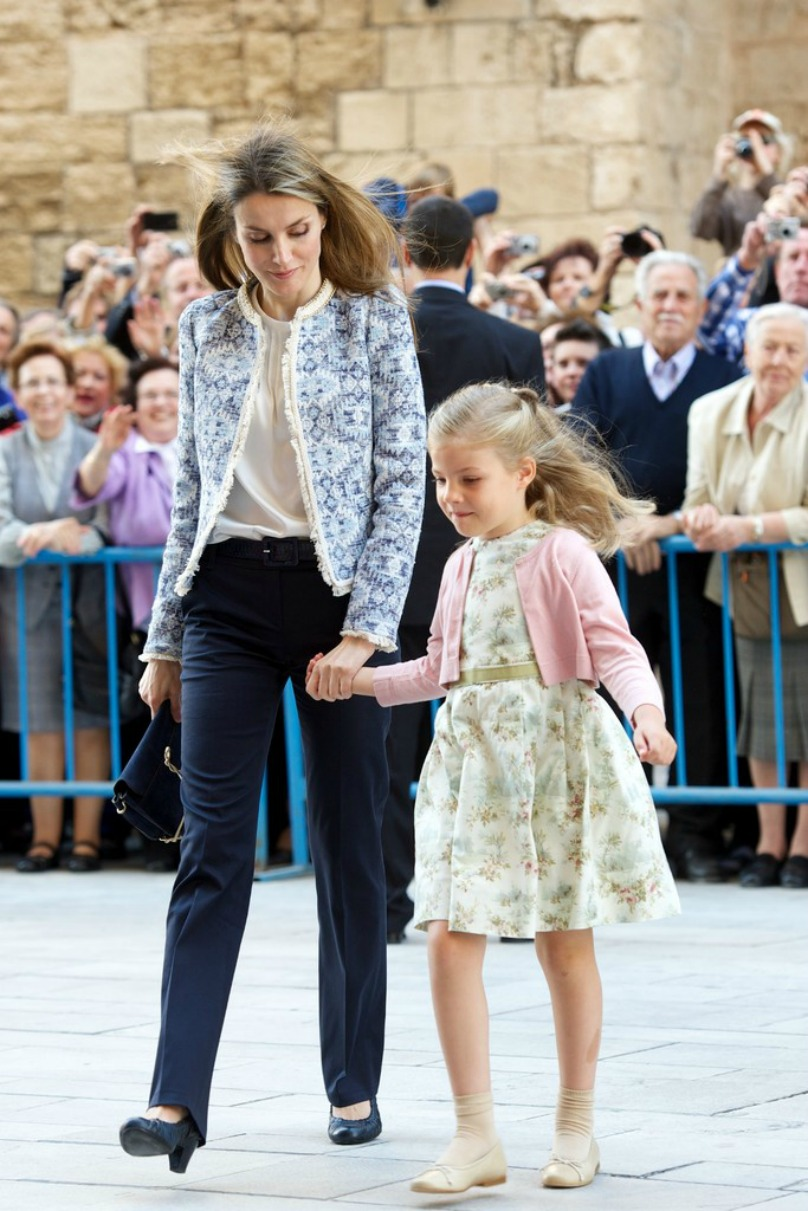 of spain queen letizia of spain photo 626839 0 vote 808x1211
