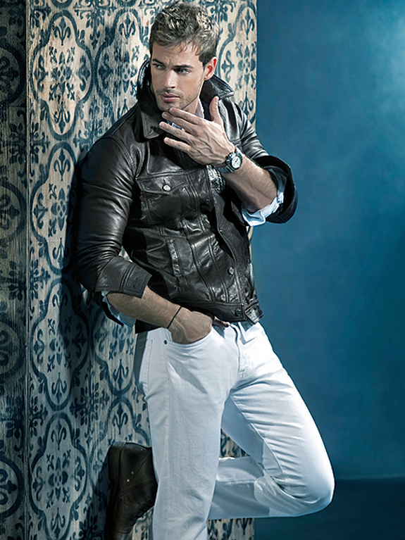 WILLIAM LEVY WALLPAPERS 575x767