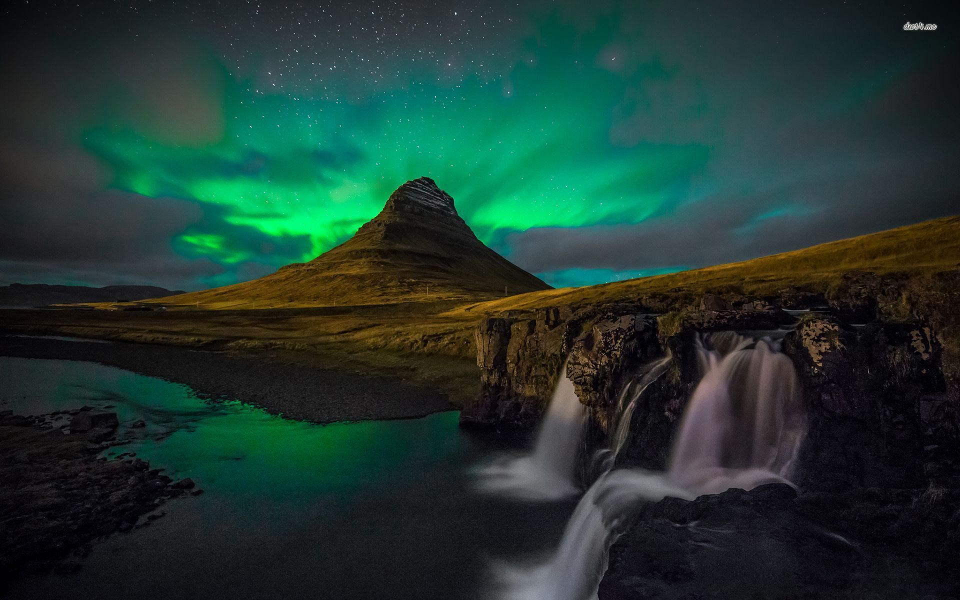 Download Iceland Northern Lights Wallpaper tfw 1920x1200 px 274 1920x1200