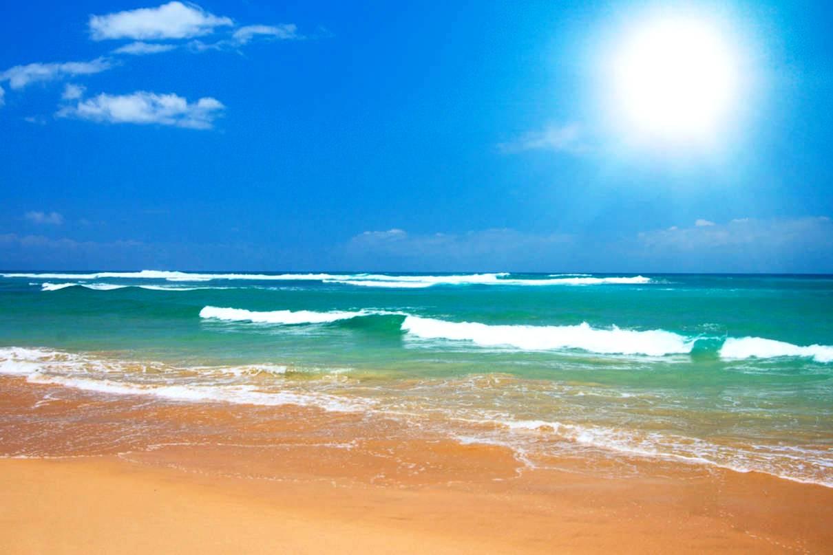 Wallpaper Beach Scenes Sunny Beach photos Desktop Wallpaper Beach 1210x807