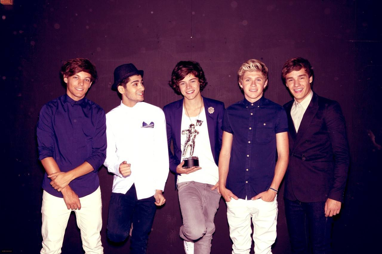 One Direction Frosting 1280x853