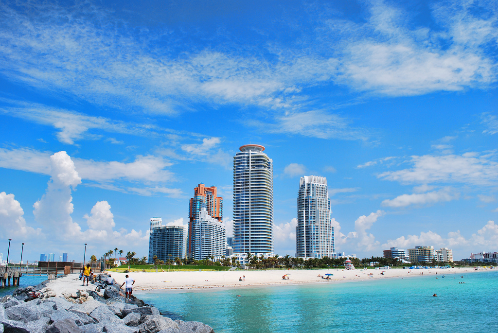 Miami Beach HDR Wallpaper 1024x685