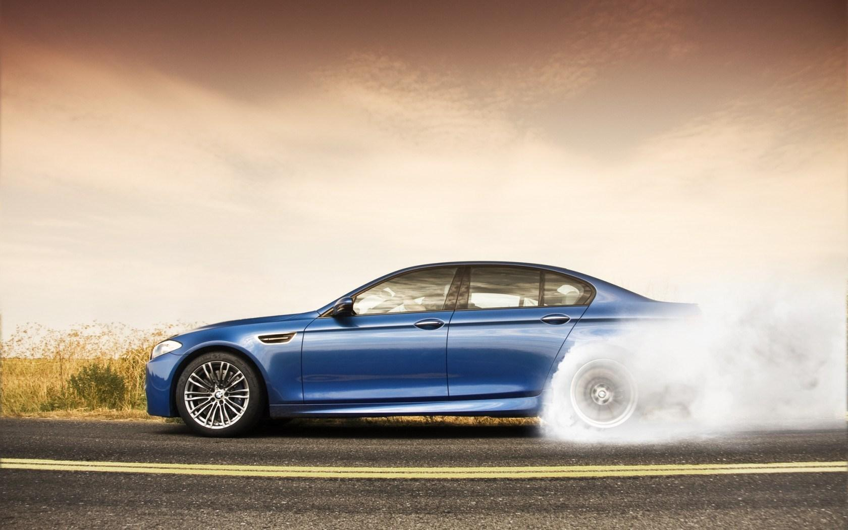 BMW M5 Wallpapers HD Download 1680x1050