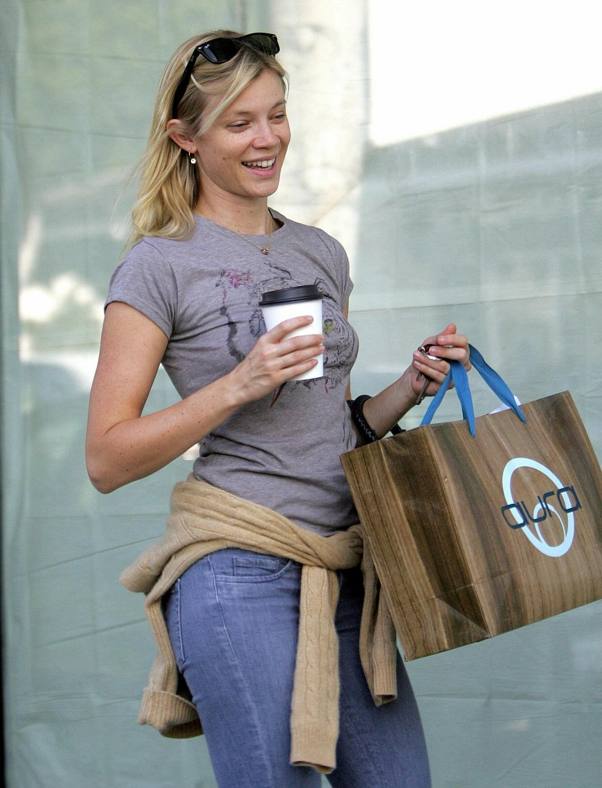 Amy Smart Hot Pics free download amy smart best wallpapers amy smart amy smart