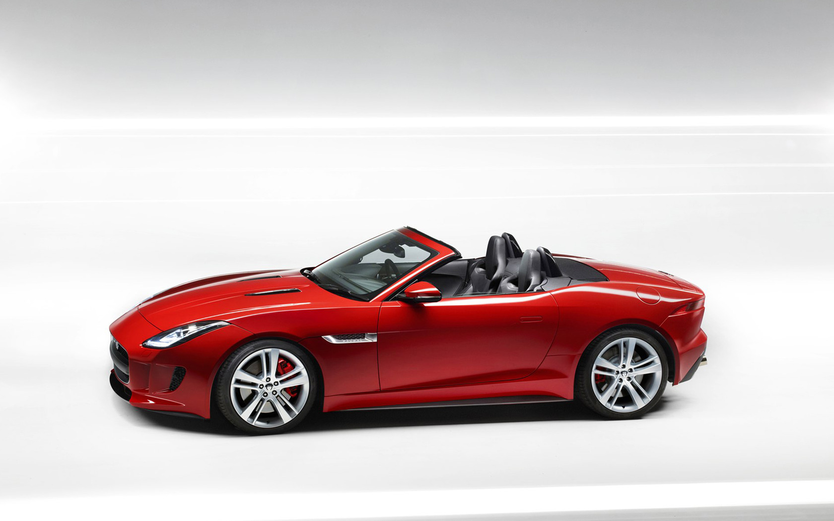 2014 Jaguar F Type wallpaper 29 1680x1050