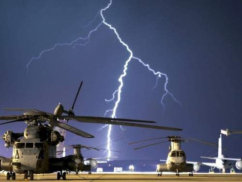 Thunder Storm Military Landing Field Screensaver Screensavers 500x375