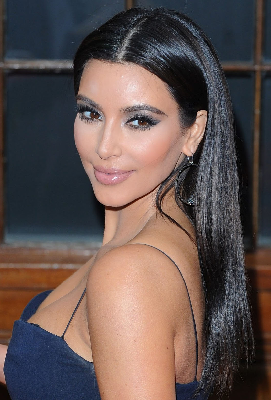 Kim Kardashian Profile And Latest Pictures 2013 1059x1562