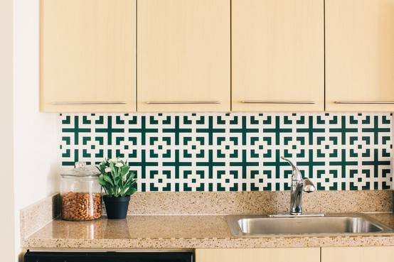 Remodelaholic 25 Great Kitchen Backsplash Ideas 554x369