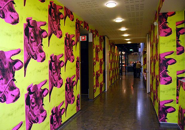 Cow Wallpaper Warhol Andy Warhol Cow Wallpaper 620x436