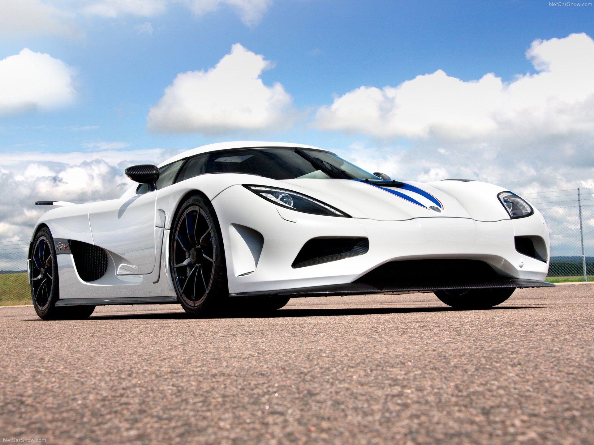 koenigsegg blue wallpapers Collection 1920x1440