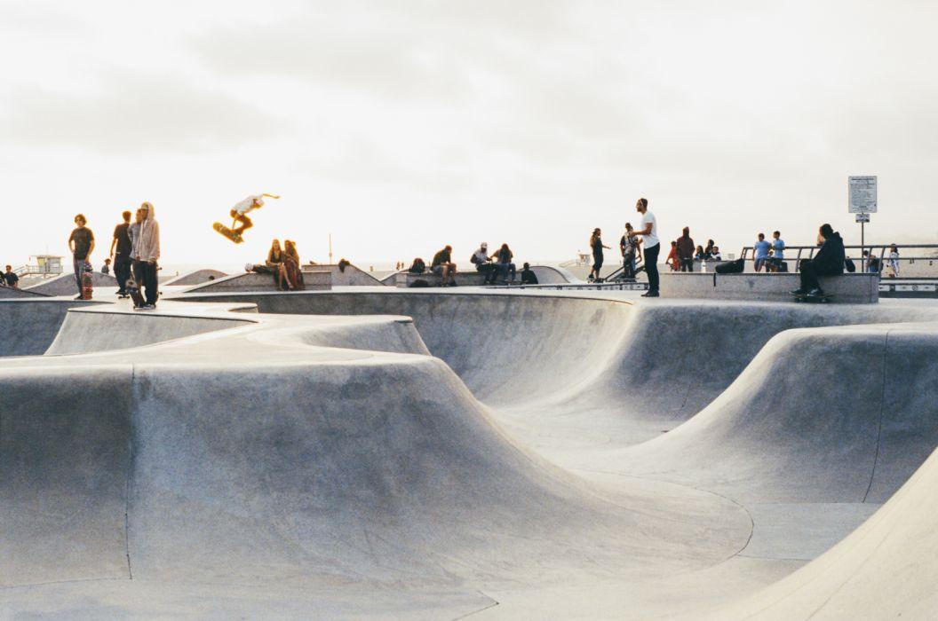 Skateboard skateboarder skateboarding skatepark sport wallpaper 1056x700