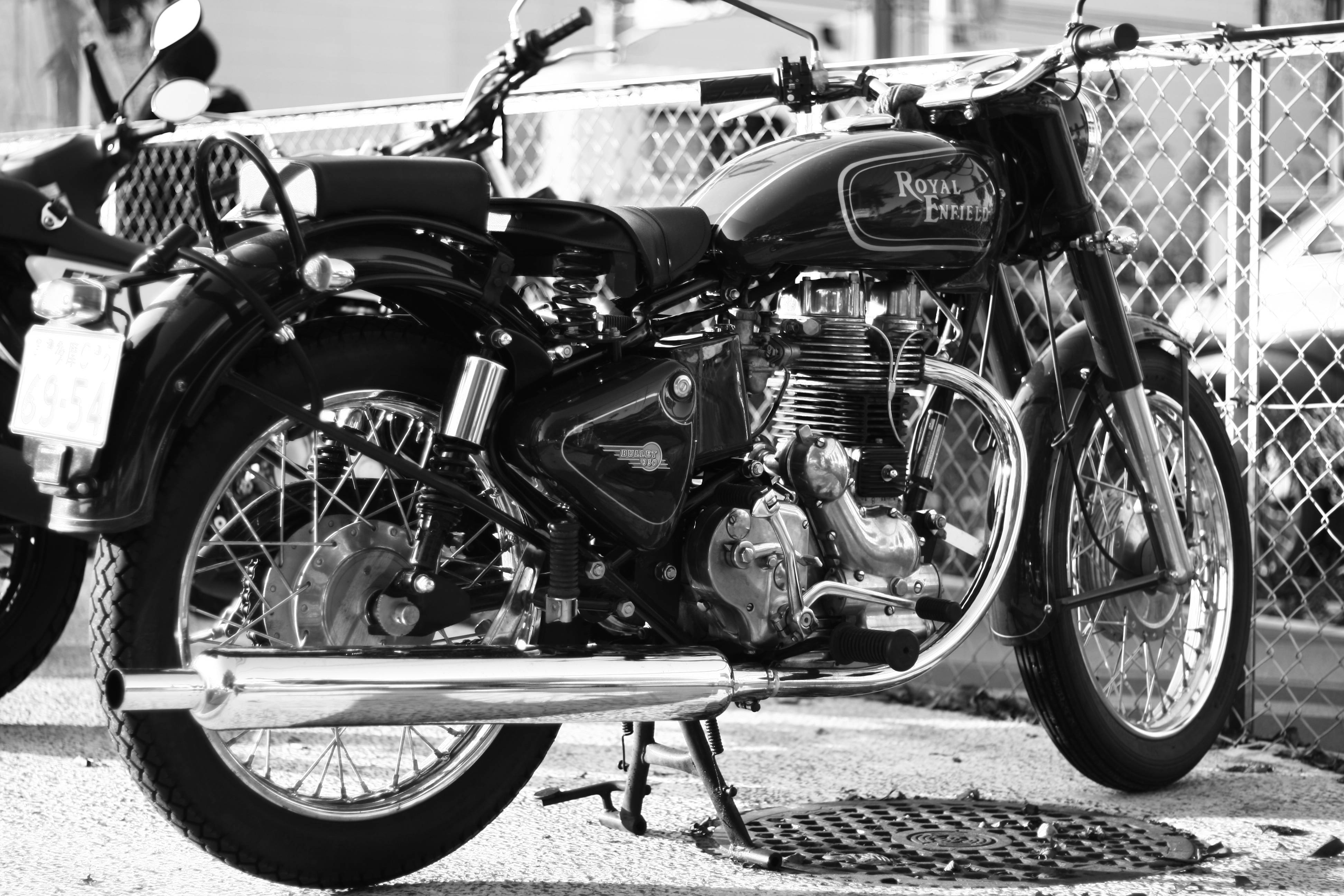40 Royal Enfield Wallpapers Desktop Hd On Wallpapersafari