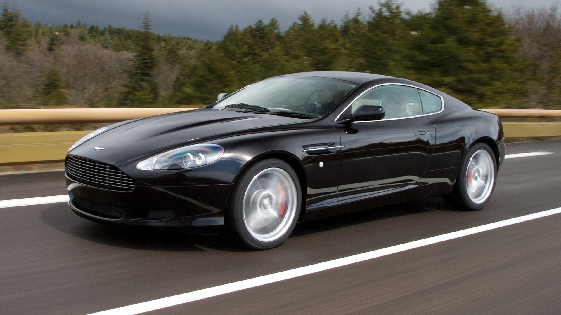 Download Aston Martin Vanquish HD Picture Wallpaper 1920x1080