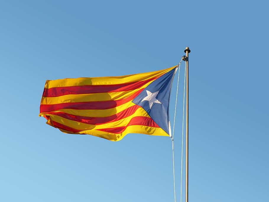 HD wallpaper flag senyera catalan flag estelada catalunya 910x682