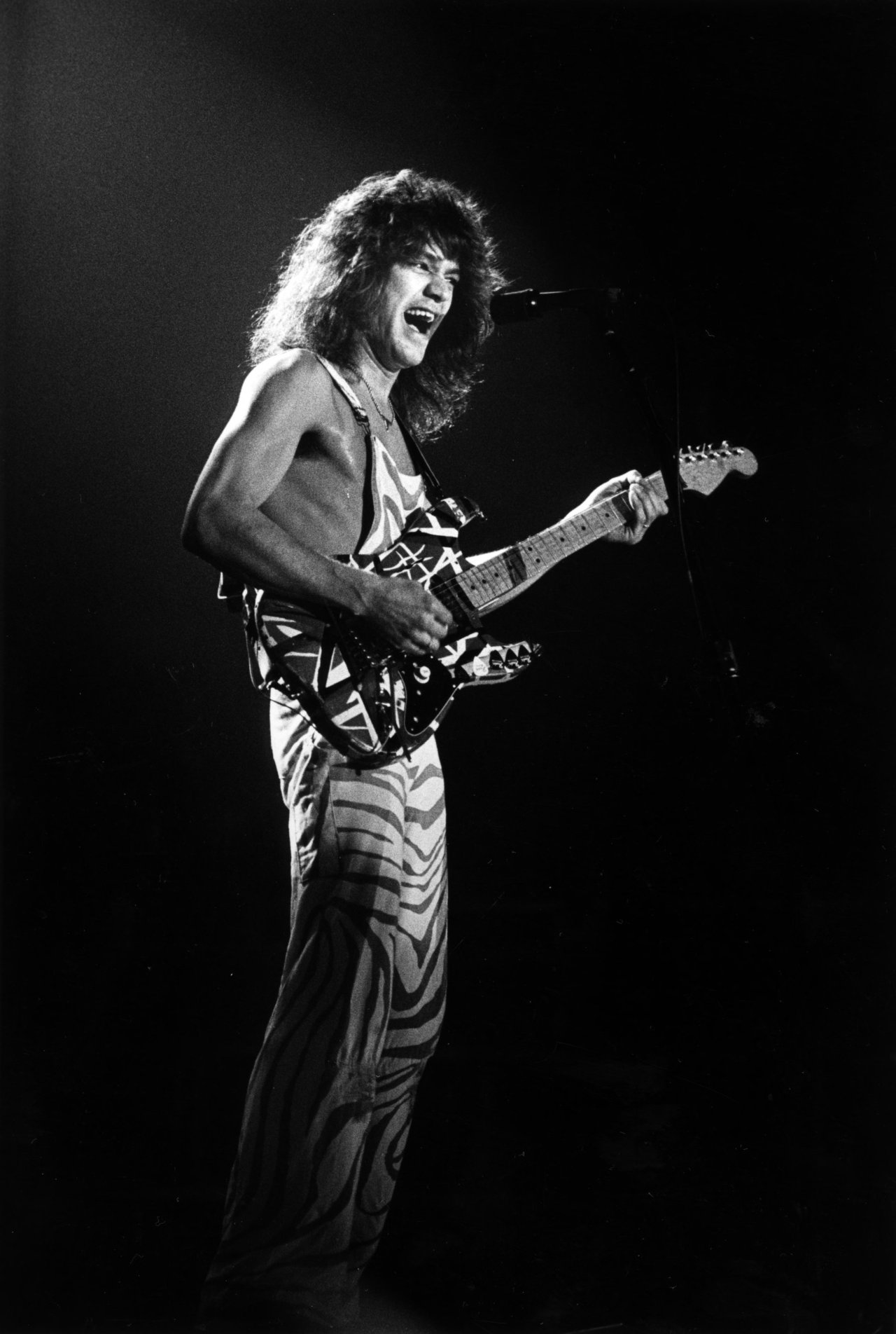 Eddie van halen wallpaper wallpapersafari - Van halen hd wallpaper ...