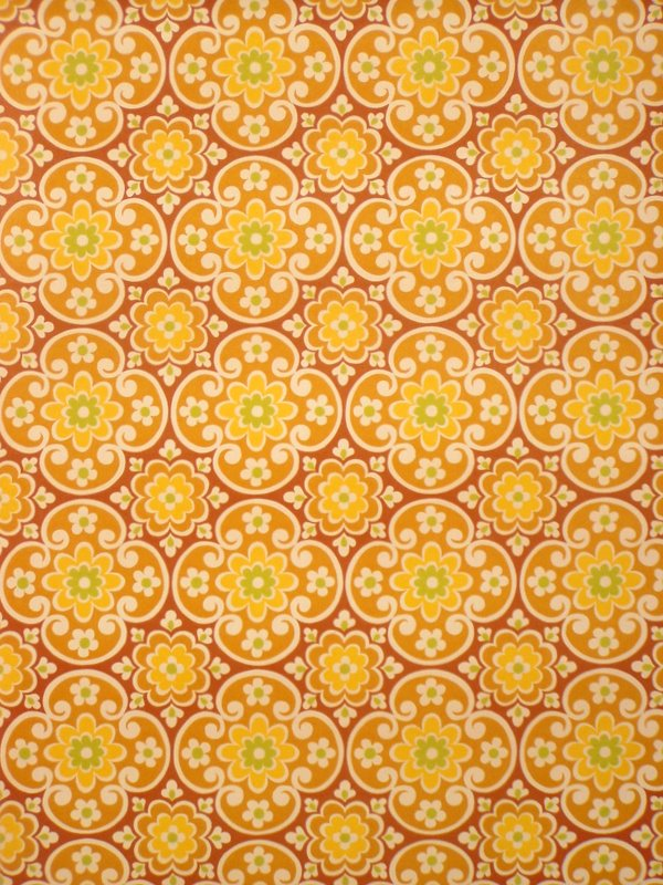 Vintage Brown Geometric Wallpaper from the Seventies 600x800