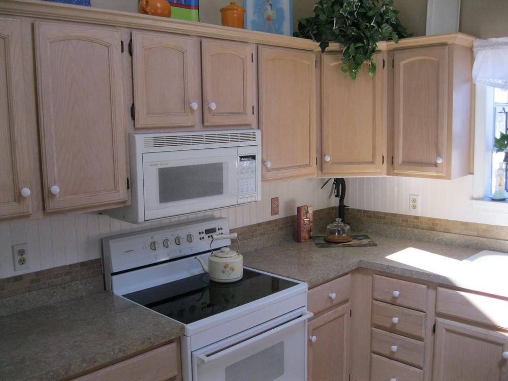 Wainscoting Wallpaper Kitchen Cabinets Wallpapersafari