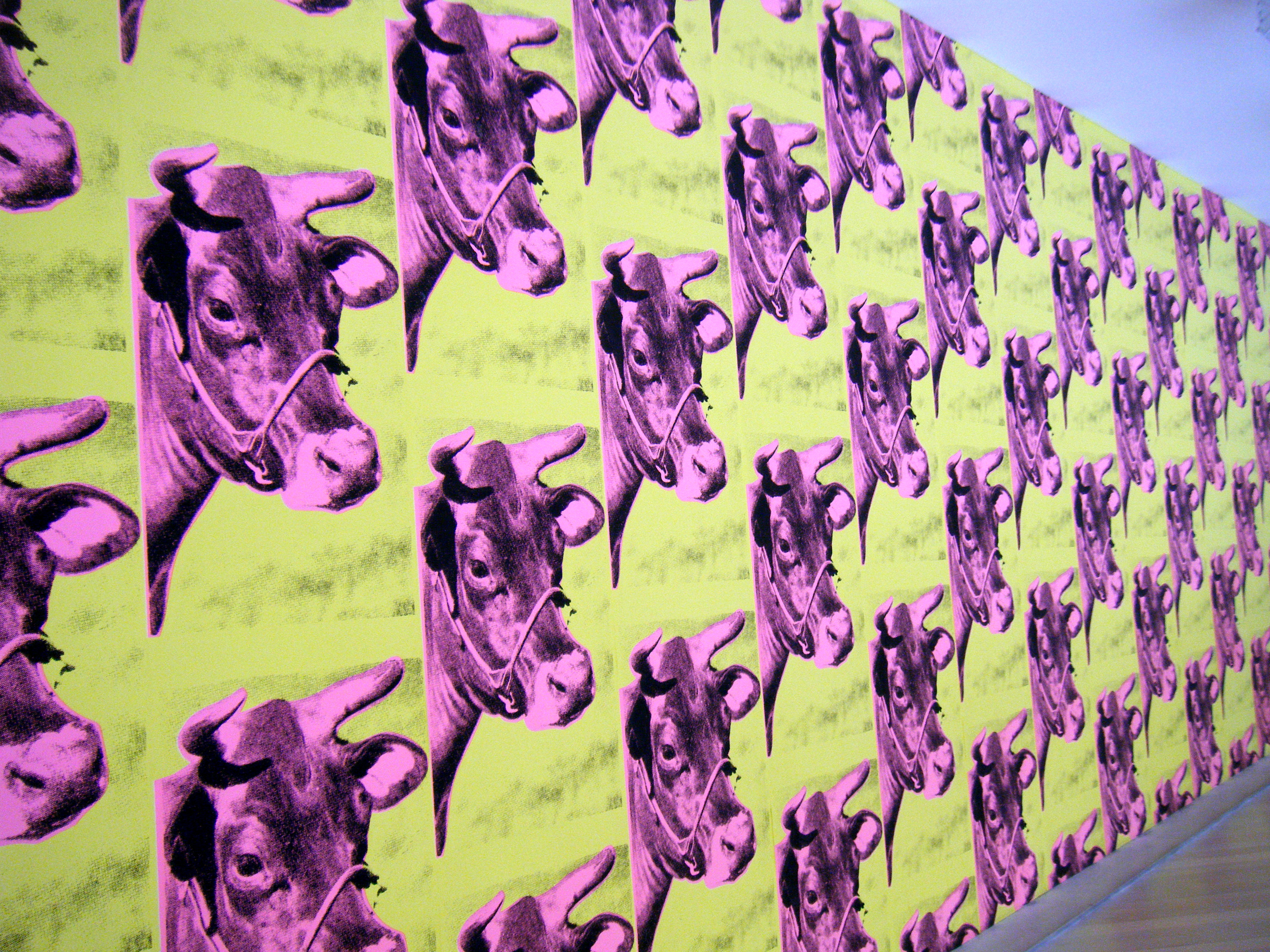 Displaying 17 Images For   Andy Warhol Cow Wallpaper 3648x2736