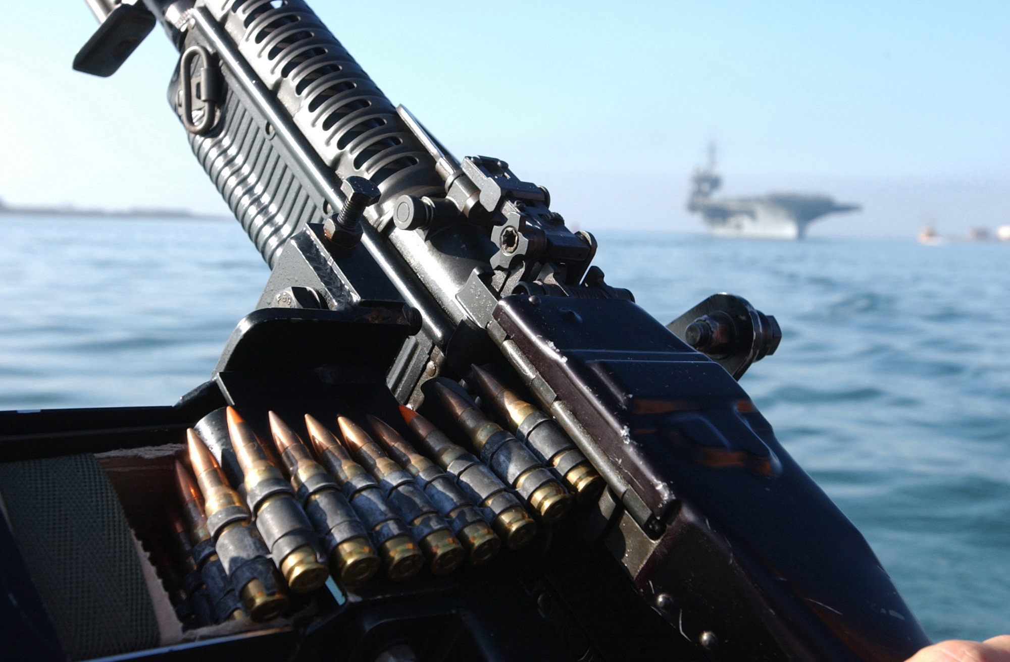 M60 MACHINE GUN military rifle weapon ammo g wallpaper background 2000x1312