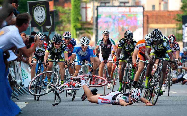 Bicycle Race Crash   Wallpaper 35209 1440x900