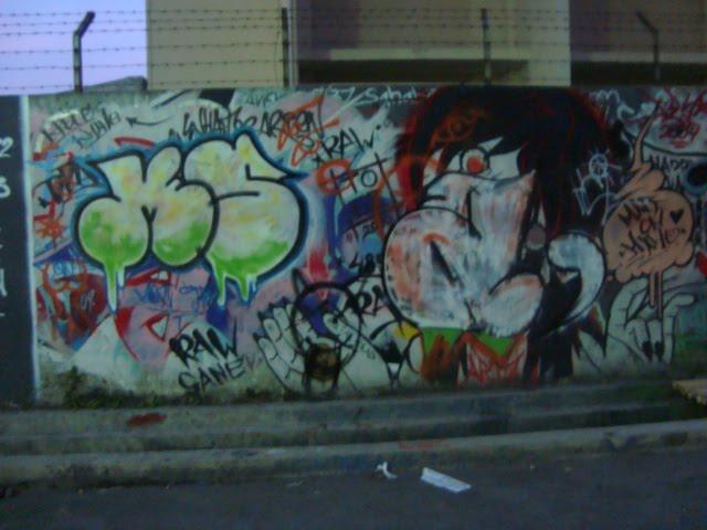 Graffity Walpaper Graffiti murals BBC wall street graffiti murals 640x480
