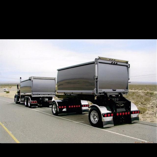 Semi Truck Desktop Wallpaper httpwallpaperloversinfowallpapers 640x640