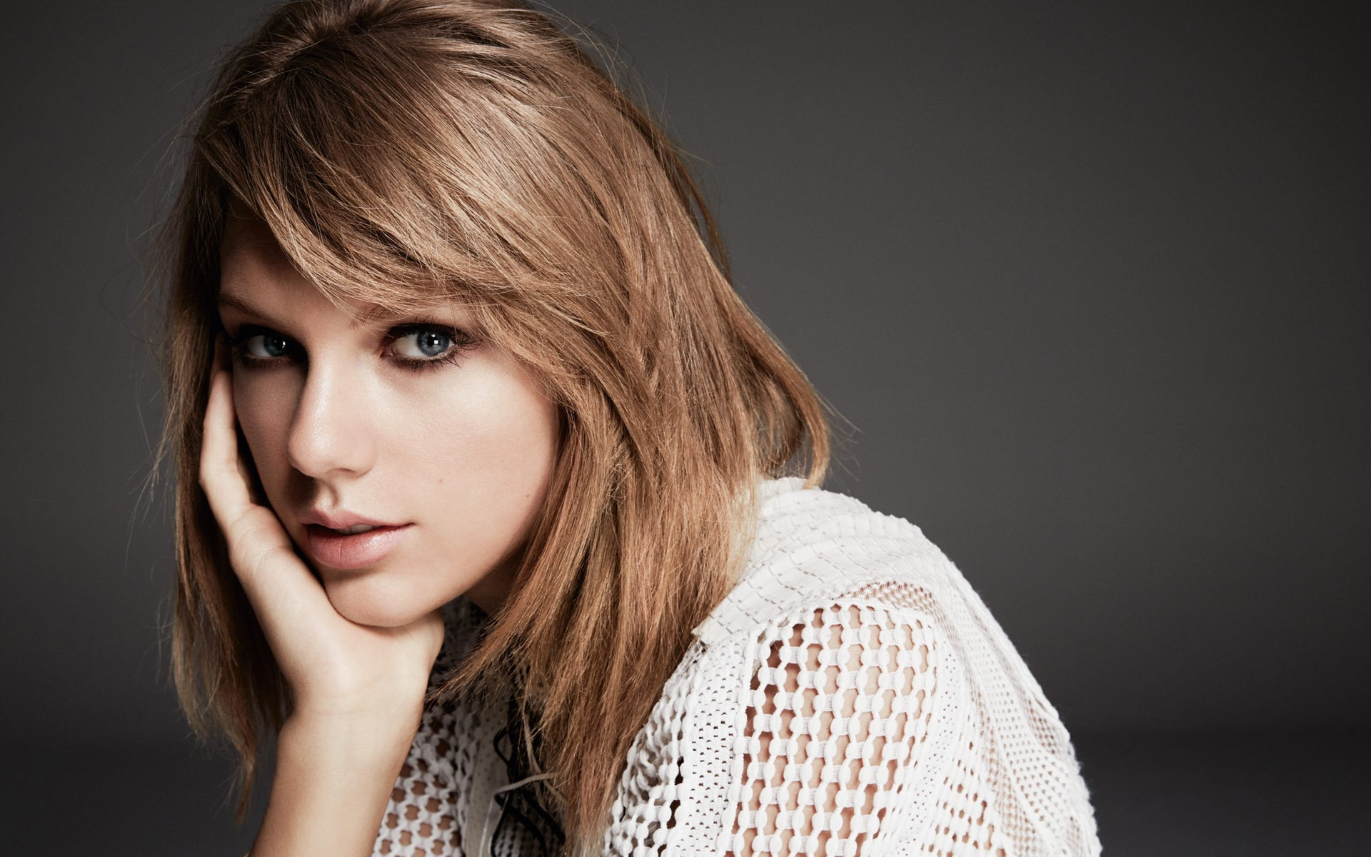 Download Taylor Swift Wallpaper in HD   New HD Wallpapers 1920x1200
