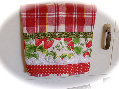 Strawberry Kitchen Decor 500x375