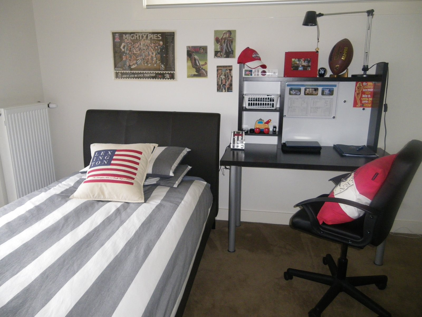 Cool Teenage Boys Rooms Inspiration Picture Homes Images Screen 1600x1200