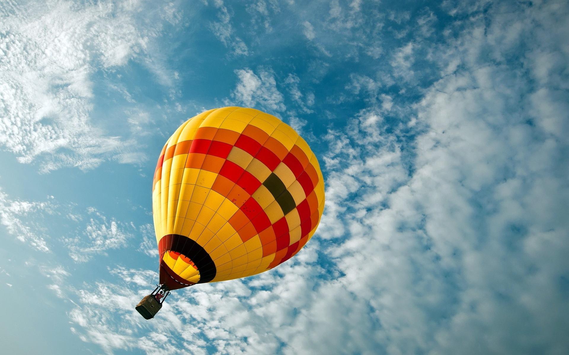 HD Hot Air Balloon Wallpaper - WallpaperSafari