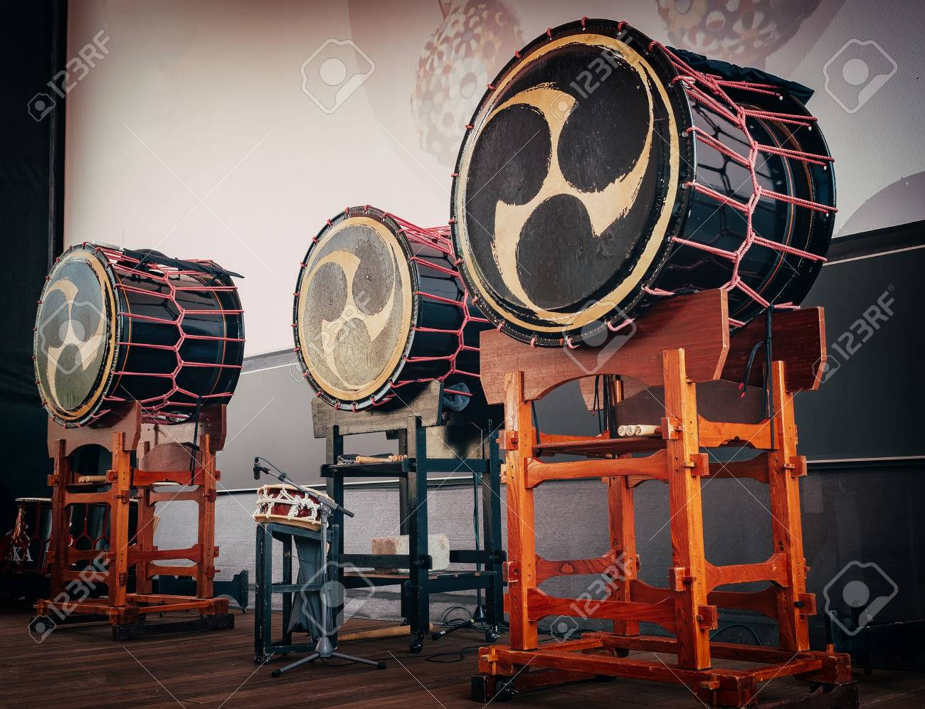 Taiko Drums O kedo On Scene Background Musical Instrument Of 1300x997